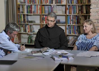 Padre Paolo de carlo e Isa Navoni