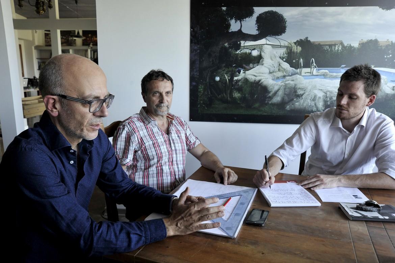 Il lavoro va in scena: arredi scenografici di Fabbrica Set Design Company al servizio delle aziende
