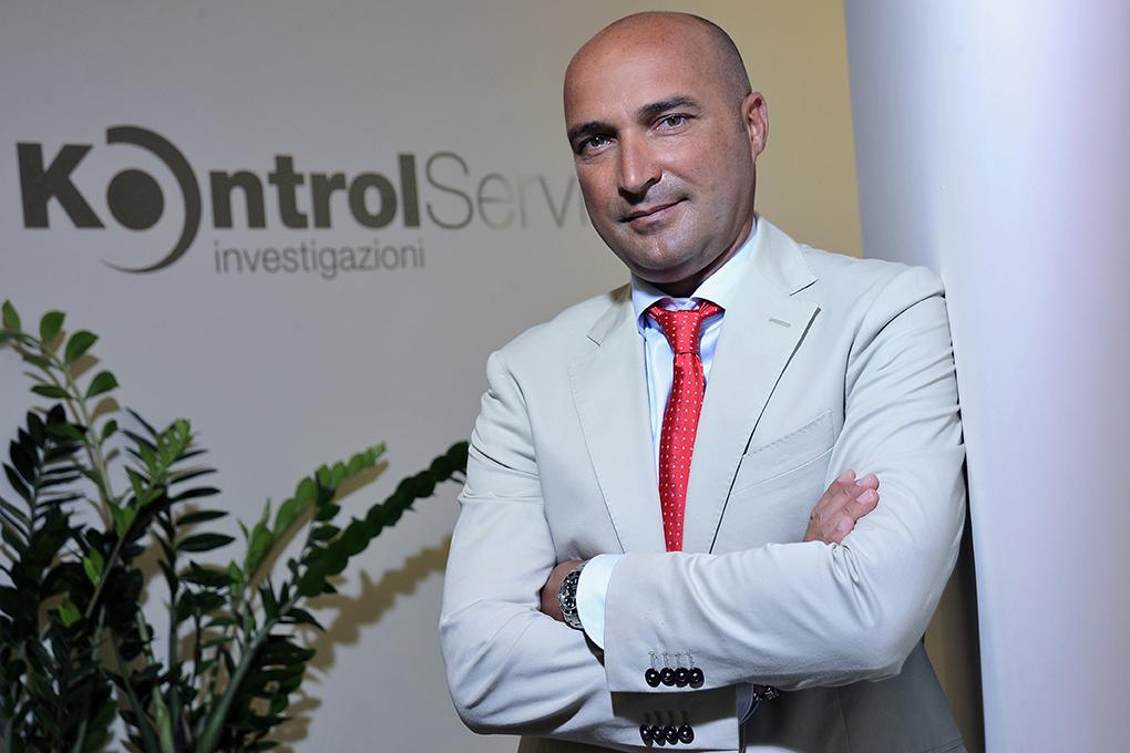 Kontrol Service, super-detective per le vostre indagini