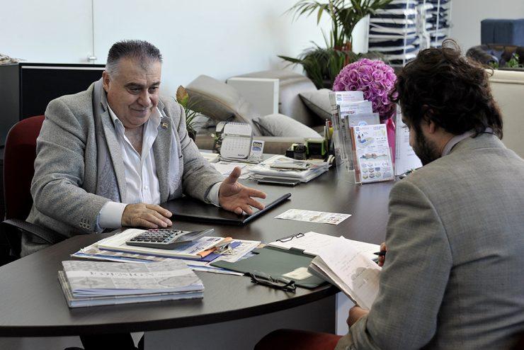 Mauro Monaldi nel suo ufficio