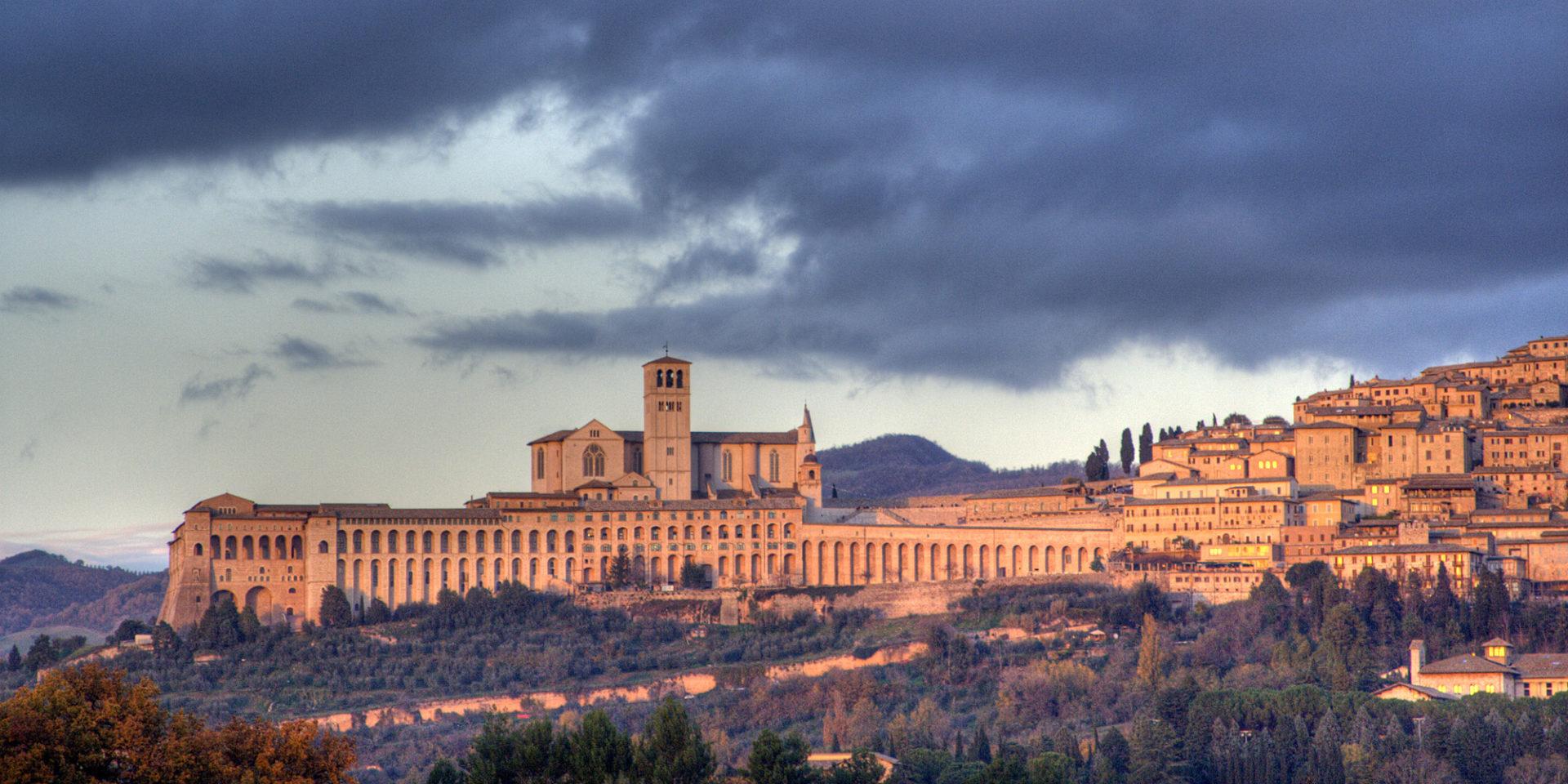 Turismo Assisi: arriva la tassa di soggiorno - Corriere dell\'Economia