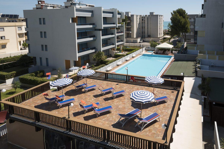 Tra mare e monti, all'Hotel La Villa la vacanza piace a tutti