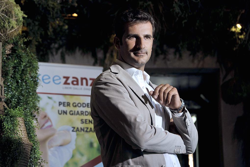 """Via le zanzare in giardino, così Freezanz risolve un problema """"pruriginoso"""""""