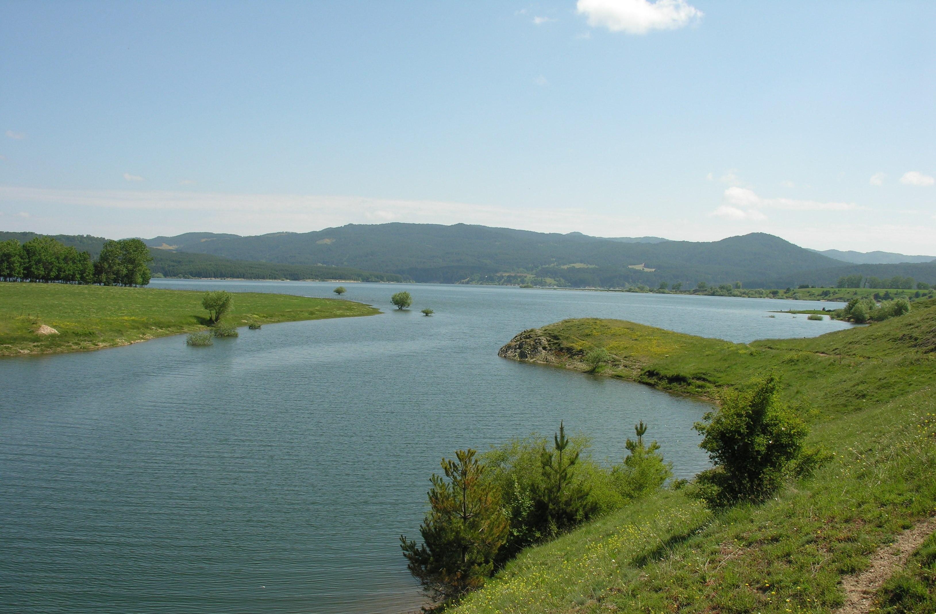 Lago_Cecita