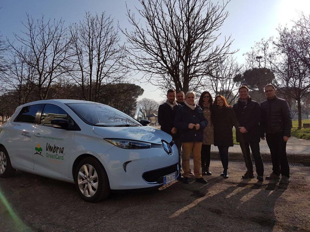 Mobilit green prima auto elettrica alla confimi impresa for Umbria mobilita
