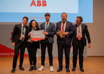 'ABB Impresa 4.0' 2018 vince il team sVOLTAmo.JA, microimpresa costituita dai ragazzi delle classi 3 B indirizzo chimico e 3 A indirizzo informatico dell'ITTS 'Alessandro Volta' di Perugia