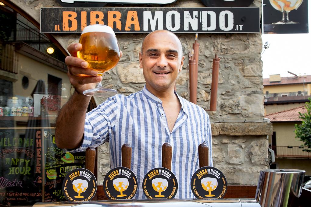Birre artigianali che passione: da Birramondo «Il giro del mondo in 80 birre»