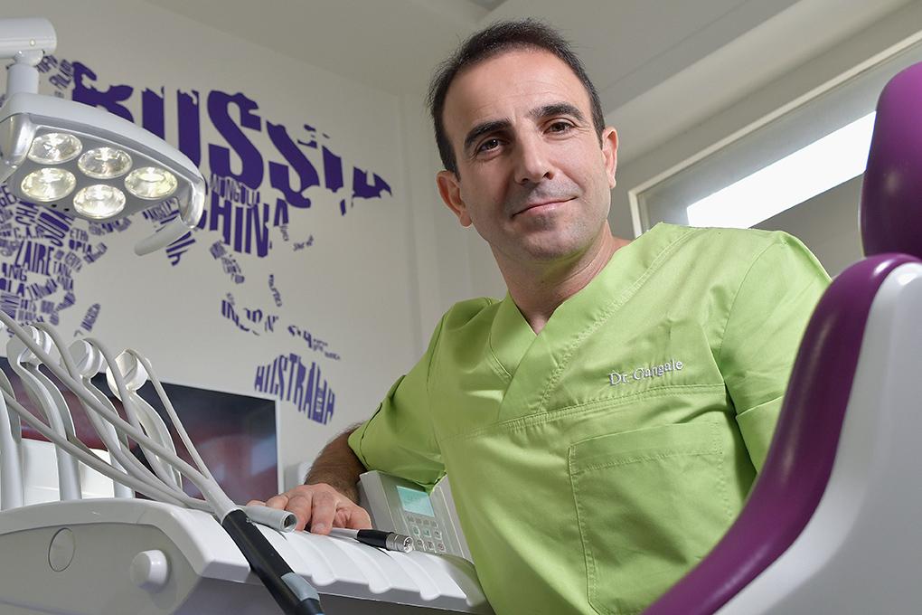 """Studio Dentistico Dr. Lino Gangale di Montemurlo(Prato): """"Grazie alla moderna implantologia ripristiniamo la funzione masticatoria, conseguendo l'eccellenza estetica"""""""