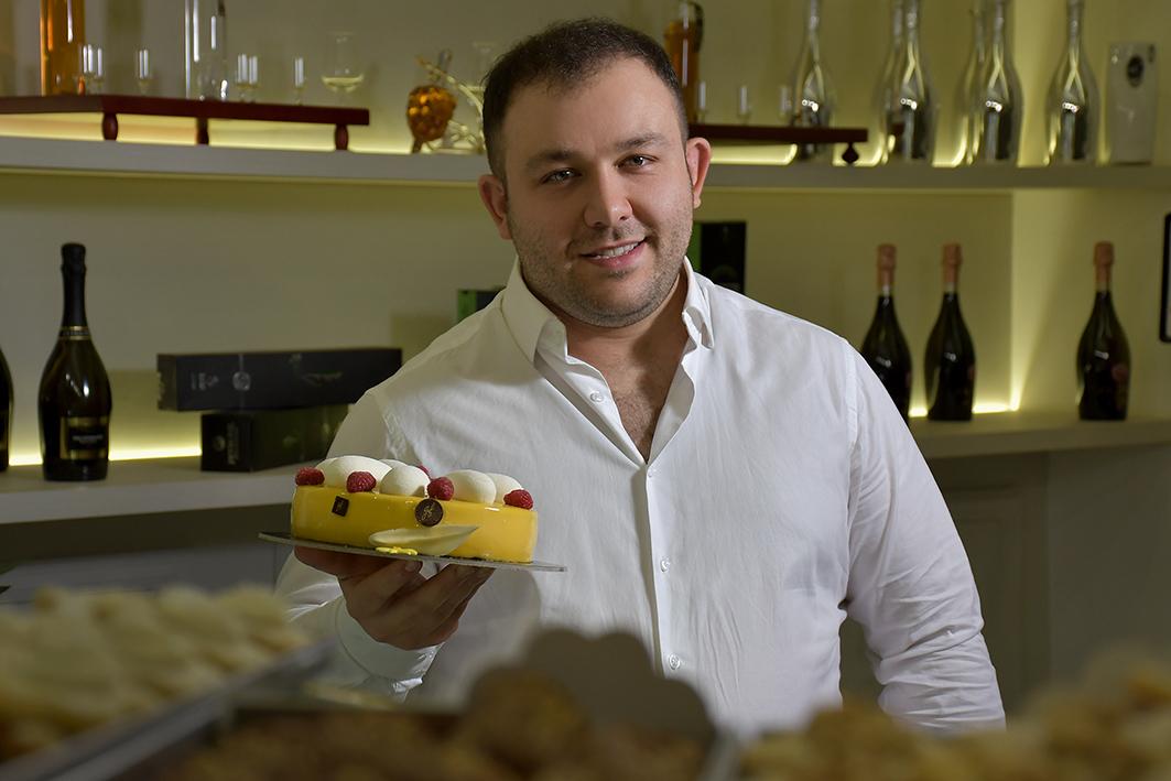 """Pasticceria Giovanni Fabozzi (Casal di Principe), """"In pasticceria vale la regola delle due """"b"""": dolci buoni e belli"""""""