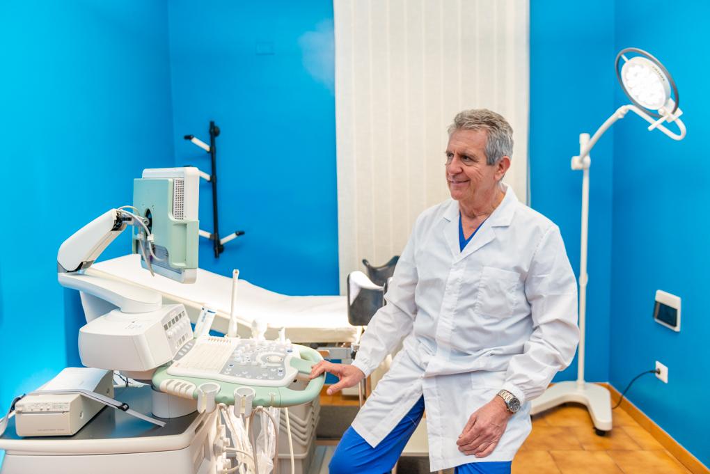 """Bruno Lacu, specialista in ostetricia e ginecologia: """"La salute della donna passa dalla conoscenza del suo corpo"""""""