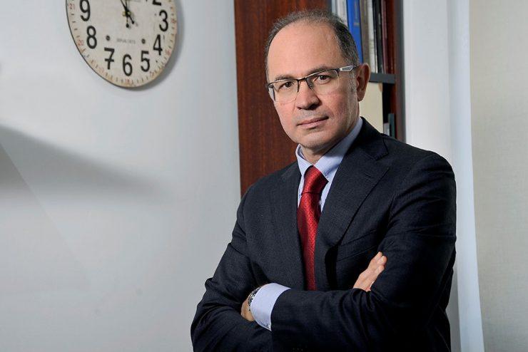 Dott. Gianfranco Senia