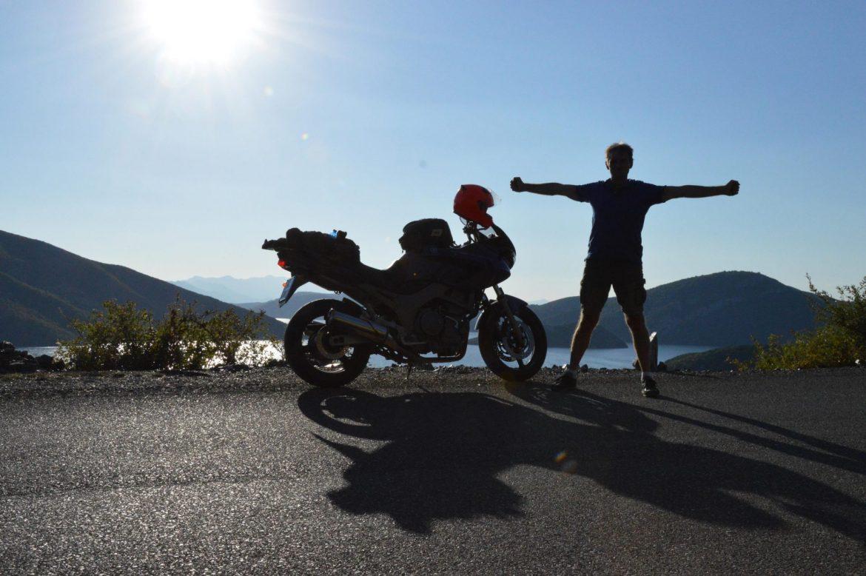 Viaggi-avventura- Albania-due-ruote-dario_pellè_mototurismo-brain-and-heart