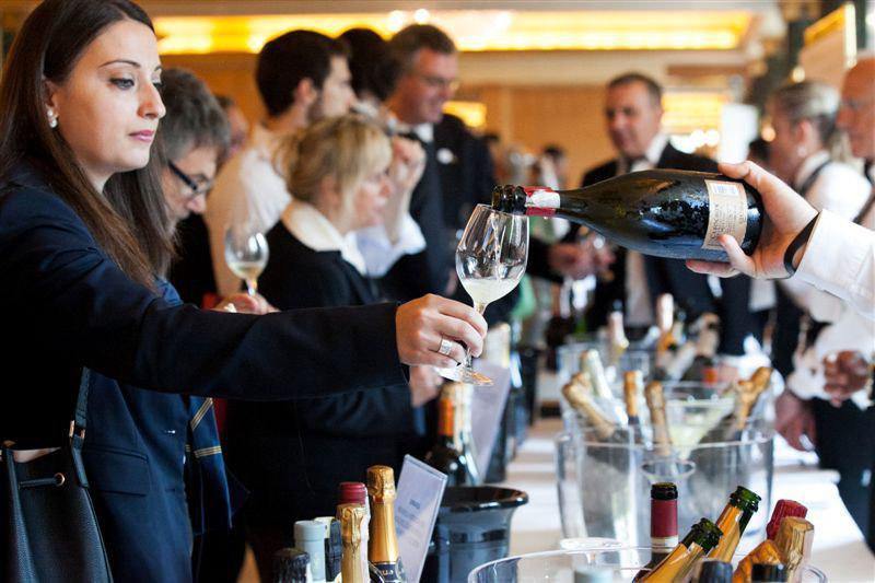 """""""Ciak Irpinia 2019"""" l'evento dedicato ai Winelover il 18 maggio, ore 16.30/20.30, alla Dogana Dei Grani Di Atripalda (Av)"""