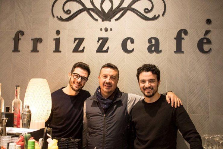 frizz cafe