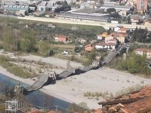 ponte sulla